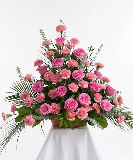 Rose & Carnation Tributes
